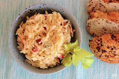 V kuchyni vždy otevřeno ...: Celerový salát se sýrem
