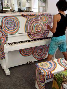 Photo+by+John+Terauds+piano1.jpg (440×586)