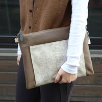 Large_ray_clutch_bag