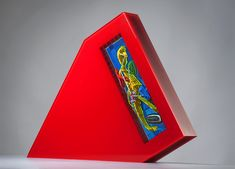 The glass art gallery was founded in 1988 and from the beginning solely specialized in Czech contemporary fine art glass sculpture. Glass Etching, Fine Art Gallery, Czech Glass, Glass Art, Sculptures, Objects, Symbols, Contemporary, Deco