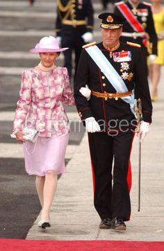 Queen Sonja, May 22, 2004