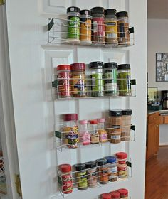 Spice racks made from Dollar store cooling racks at a fraction of the cost. by The Stonybrook House Diy Spice Rack, Magnetic Spice Racks, Spice Storage, Extra Storage, Spice Rack Dollar Tree, Spice Rack Metal, Hanging Spice Rack, Diy Hanging, Cheap Baskets
