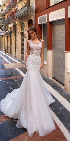 Wedding Dresses 2018, Stunning Wedding Dresses, Wedding Dress Trends, Wedding Dress Styles, Bridal Dresses, Beautiful Dresses, Wedding Ideas, Party Wedding, Wedding Bride