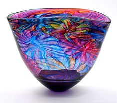 Purple Open Flower Bowl Oneoff by Bob Crooks Inspired by Geometry Architecture the Natural and Manmade worlds we live in as well as the qualities and capabilities of the. Glass Ceramic, Mosaic Glass, Fused Glass, Stained Glass, Blown Glass Art, Art Of Glass, Glass Vase, Cut Glass, Wine Glass