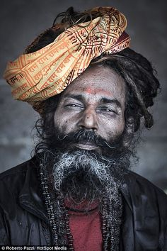 The face of poverty: Intimate portraits of Indian paupers reveal toll of life in villages where people survive on 33 pence per day | Daily Mail Online
