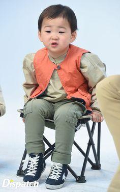 :D Minguk Superman Cast, Superman Kids, Cute Kids, Cute Babies, Man Se, Song Daehan, Song Triplets, Baby Corner, Stylish Kids