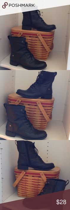 """Nine West Black Boots Black just above the ankle boots. Side zippers, front lace ups! 1"""" block heel. Nine West (size 7 1/2) Excellent condition! Hardly used! Nine West Shoes Combat & Moto Boots"""