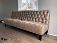 Luxe eetkamerbank op maat - HB Lifestyle Collection Sofa, Couch, Lifestyle, Furniture, Collection, Home Decor, Funky Decor, Lush, Settee