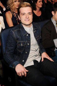 Josh and connot Hutcherson at the MTV Movie Awards.