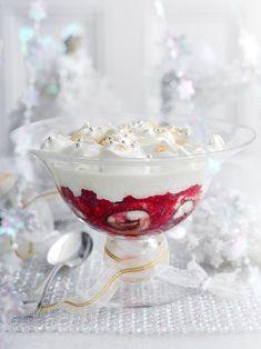 Christmas Trifle, Christmas Goodies, Christmas Desserts, Christmas Treats, Trifle Dish, Trifle Recipe, Simple Christmas, Aussie Christmas, Beautiful Christmas