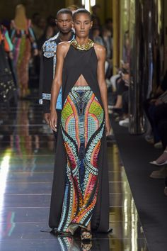 not so much the top, but that skirt is everything. african fashion Balmain Men's Spring 2017 Look Fashion, Fashion News, High Fashion, Fashion Show, Fashion Design, Fashion Trends, Fashion Mask, Couture Fashion, Runway Fashion