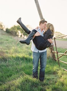 What to Wear For Engagement Photos | POPSUGAR Fashion
