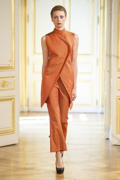 d06fcdb23158 Monochromatic Looks For Fall! Couture Week