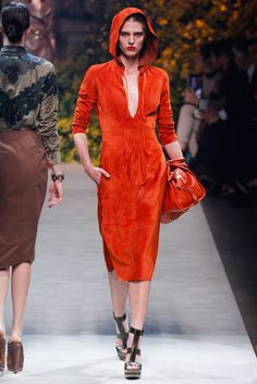 Loewe Spring 2013 Ready-to-Wear Collection Slideshow on Style.com