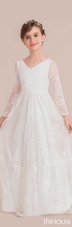 d9e296bdcae The classic design of a junior bridesmaid dress is just perfect!