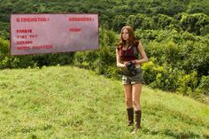 Karen-Gillan-in-JUMANJI-WELCOME-TO-THE-JUNGLE.jpg (600×400)