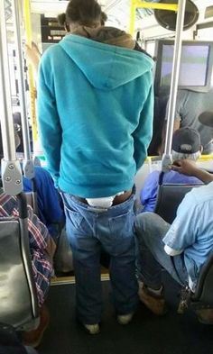 Hehehe!! A Grown Up Man Spotted Wearing Pampers And Still Sagging (Photo) - http://www.77evenbusiness.com/hehehe-a-grown-up-man-spotted-wearing-pampers-and-still-sagging-photo/