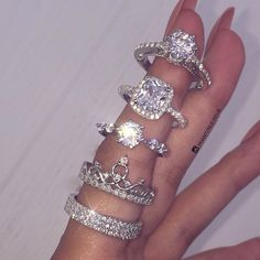 The existence of the diamond has positively impacted our society, along with others for ages. Diamond jewelry began as a luxury for many wealthy Cute Jewelry, Body Jewelry, Jewelry Accessories, Jewellery, Jewelry Rings, Silver Jewelry, Bracelet Friendship, Diamond Jewelry, Diamond Earrings