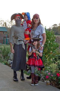 Family Halloween costume - Aye, Aye Matey!