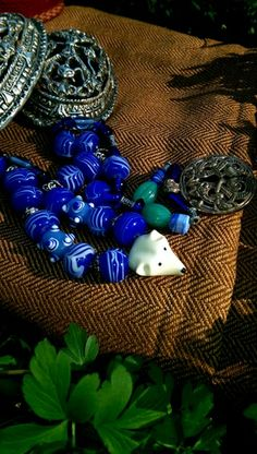 close-up to my beads and pendants for my tortoise brooches.