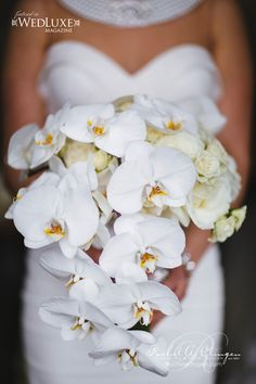 Jaw-Dropping Gorgeous Wedding Flower Ideas - bridal bouquet. Photo: VISUAL CRAVINGS; Via Wedluxe