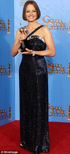 Jodie Foster moves the Golden Globes audience to tears as she comes out as gay…
