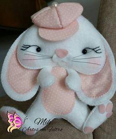 Felt Diy, Felt Crafts, Easter Crafts, Felt Ornaments, Softies, Easter Bunny, Needle Felting, Wool Felt, Cow