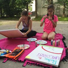 Extending our day outdoors with a makeshift studio in the driveway. #art #create #siblinglove #artist