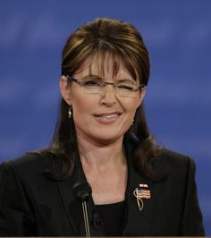 Sarah Palin, hot or not? 'Hot,' says Roger Ailes Alex Burford says the same too!!!! :D