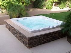 Browse through various images of spa surrounds at Outside Living Concept! Contact us for any information about the services we provide in Phoenix, AZ. Inground Hot Tub, Jacuzzi Outdoor, Outdoor Spa, Hot Tub Backyard, Swimming Pools Backyard, Lap Pools, Indoor Pools, Pool Decks, Pool Landscaping