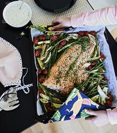 Yhden pellin lohi | Kala, Arjen nopeat | Soppa365 Easy Meals, Easy Recipes, Easy Keto Recipes, Easy Food Recipes, Simple Recipes, Quick Easy Meals, Easy Dinners, Quick Meals