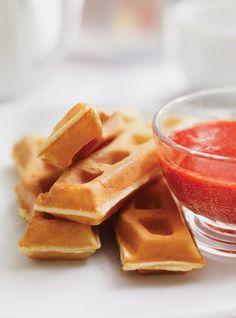 Gaufres Recettes | Ricardo Waffle Recipes, Brunch Recipes, Breakfast Recipes, My Favorite Food, Favorite Recipes, Ricardo Recipe, Lunch Snacks, Milkshake, Food Hacks