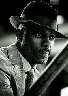 Hallo Idris Elba du bist mein Traummann i love you Idris Elba Ich liebe dich. Idris Elba, My Black Is Beautiful, Gorgeous Men, Beautiful People, Beautiful Dream, Michael Ealy, Timothy Olyphant, Christina Hendricks, Kino Theater