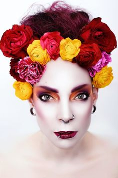 Pro Artist Image | Kohl Make-up Kohls, Halloween Face Makeup, Make Up, Artist, Projects, Image, Wall, Log Projects, Blue Prints