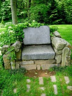 Garden Throne---I love this.  I wish there was a good way for the average gardener with no access to fancy machines to be able to move big, heavy rocks.