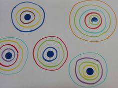 Trabajando en Educación Infantil: Grafismo 9: Círculos dentro de círculos Diy And Crafts, Crafts For Kids, Arts And Crafts, Kindergarten Activities, Preschool, Cookie Pops, Herve, Baby Scrapbook, Writing Skills