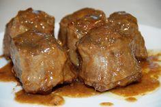 La roba de toro era un almuerzo típico en España pero los Americanos nunca lo comieron porque ellos pensaron que es muy diferente.