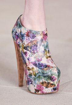 Surprisingly am in love with this shoe!!!