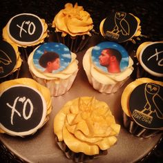 Wanttt these for a party Drake's Birthday, Birthday Photos, Birthday Parties, Birthday Ideas, Drakes Bday, Drake Cake, Drake Ovo, Octobers Very Own, Its My Bday