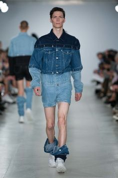 nice Christopher Shannon Spring 2017 Menswear Fashion Show - Vogue Fashion Fail, Denim Fashion, Look Fashion, Fashion Details, Runway Fashion, Fashion Show, Fashion Outfits, Fashion Design, Christopher Shannon