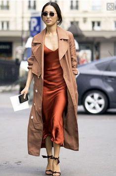 Slip dress, come indossare l'abito sottoveste