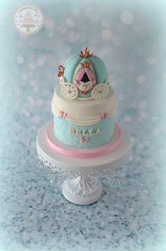 Princess Cinderella carriage cake