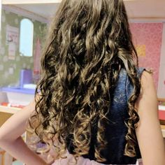Curly Girl Method For 2b 2c 3a Hair Curly Hair Routine For Thin