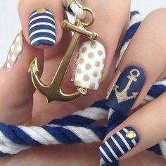 Anchor nails, August nails, August nails 2016, Beach nails, July nails, July nails 2016, Marine nails, Nail art stripes