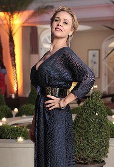 Glamour! Veja os looks de uma festa de luxo → #redeglobo #gshow #moda #fashionrio #novelas
