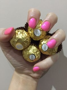 #Treat yourself to great nails. Book today on 01376 560 600. #gelnails #overlays #nails #nailswag #glitter #pinktomaketheboyswink #infill #the #beauty #centre #braintree #essex