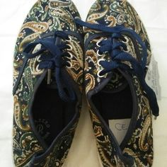 Buy Canvas Shoes in Pamulang,Indonesia. Size 38 Get great deals on Olshop Wanita Chat to Buy