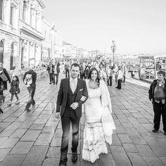 """Ρομαντικά νυφικά δαντέλα με ανοικτή πλάτη : """"d.sign by Dimitris Katselis"""" Real bride . Νυφικό από δαντέλα σε ρίγες , ραμμένη στο χέρι, με έμφαση στην πολύ ανοικτή πλάτη , την μεγάλη ουρά από τούλι και τις ντραπέ λεπτομέρειες. The Selection, Bridal, Lady, Bride, Brides, The Bride"""