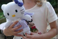 Hello Kitty disfrazada de ángel