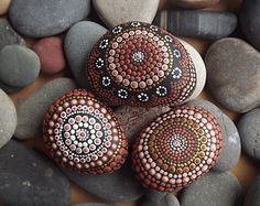 Aboriginal Dot Art Set of 3 Painted Stones, Earth design, Office and home ornament, Painted stone, paper weights